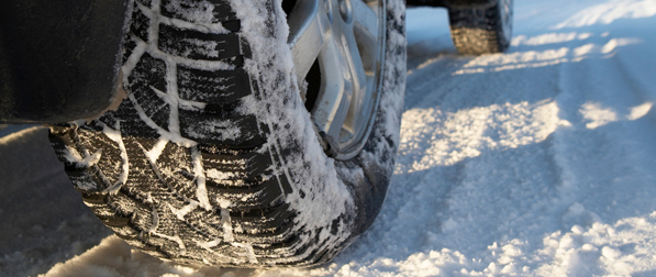 Transport Canada the Rubber Tire Association of Canada and the Automobile Protection Agency teamed up for a series on winter tires a road safety necessity from November to April